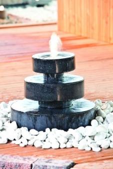 Heissner Gartenbrunnen / Springbrunnen Set Millfountain LED Bild 1