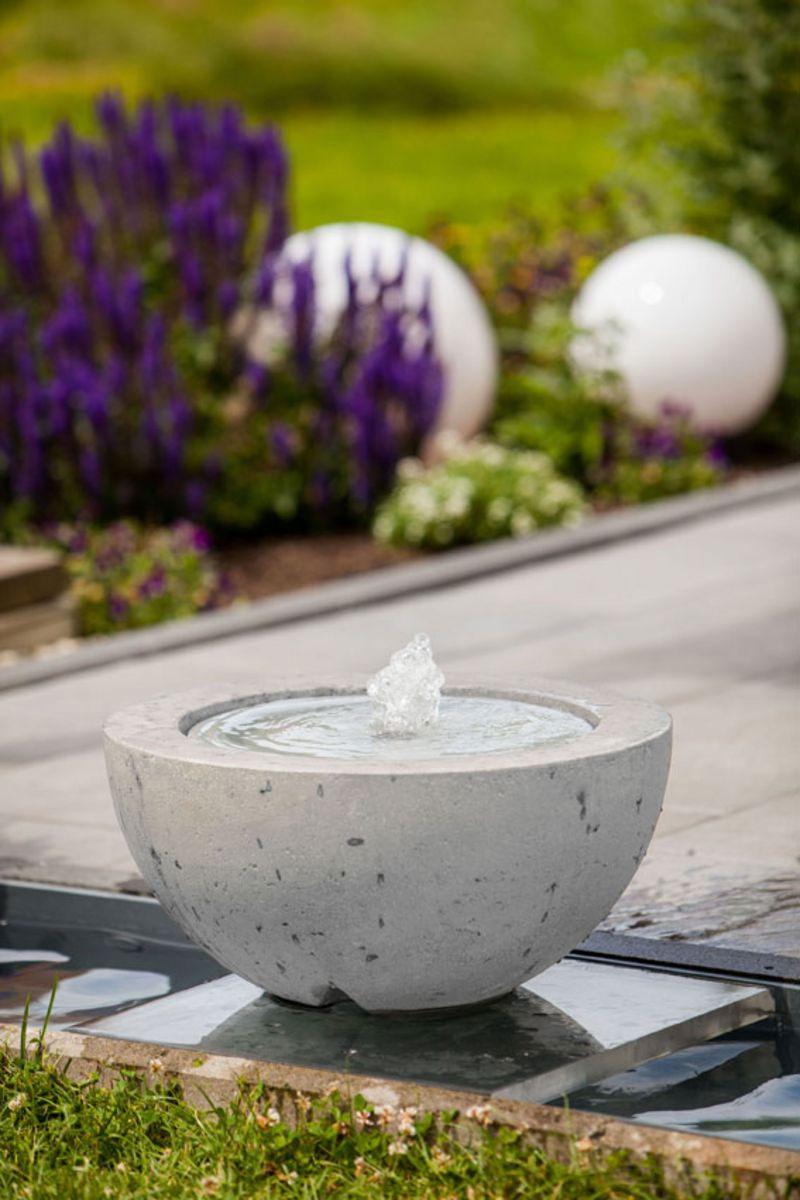 heissner terrassenbrunnen villa fontania fountain halfball. Black Bedroom Furniture Sets. Home Design Ideas