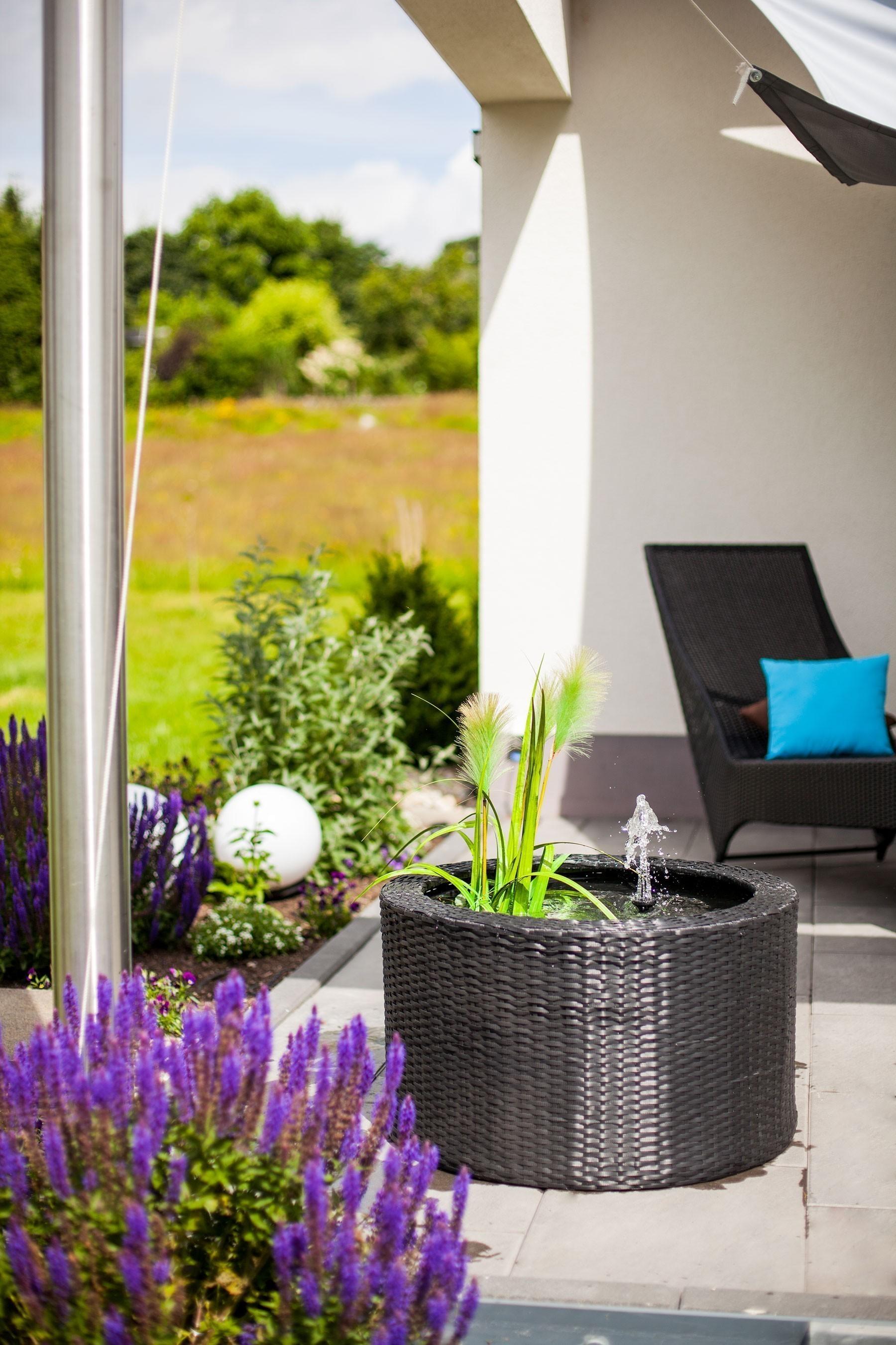heissner wassergarten set terrassenbrunnen rattan patio. Black Bedroom Furniture Sets. Home Design Ideas