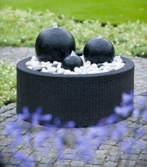 Springbrunnen-Umrandung Wicker 2 für AquaArte Becken bis Ø88cm/150L Bild 2