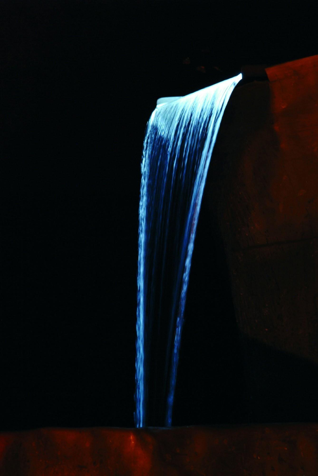 Ubbink Design Wasserfall Element Niagara LED 90cm Edelstahl Bild 3