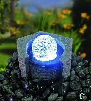 Wasserspiel GardenForma Lundey Granit mit drehender Glaskugel Bild 2