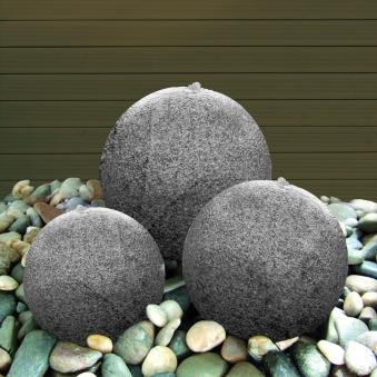 Wasserspiel / Gartenbrunnen GardenForma 3 Granitkugeln Ø15/20/25cm Bild 2