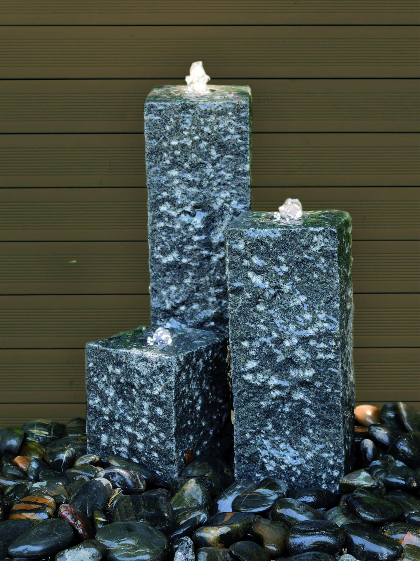 Wasserspiel / Gartenbrunnen GardenForma 3 Granitsäulen H20/35/50cm Bild 2