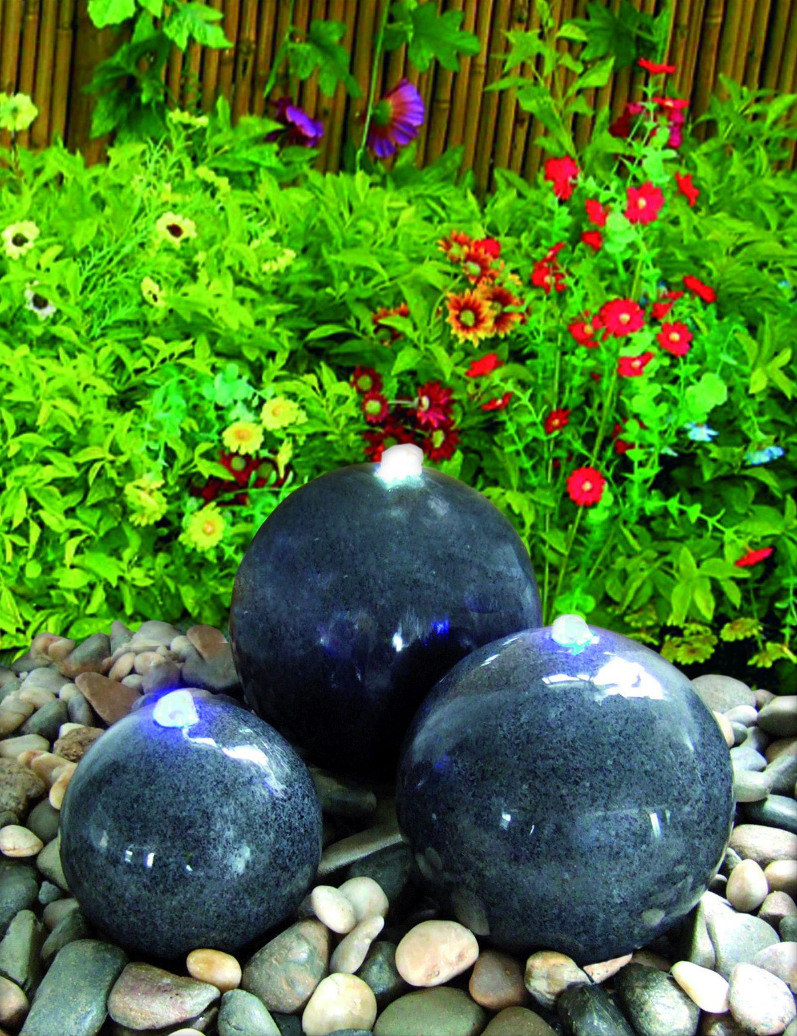 Wasserspiel / Gartenbrunnen GardenForma Caroline 3 Granitkugeln dunkel Bild 2