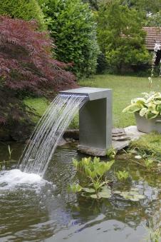Wasserspiel / Wasserfall Ubbink Straight LED Edelstahl Bild 2