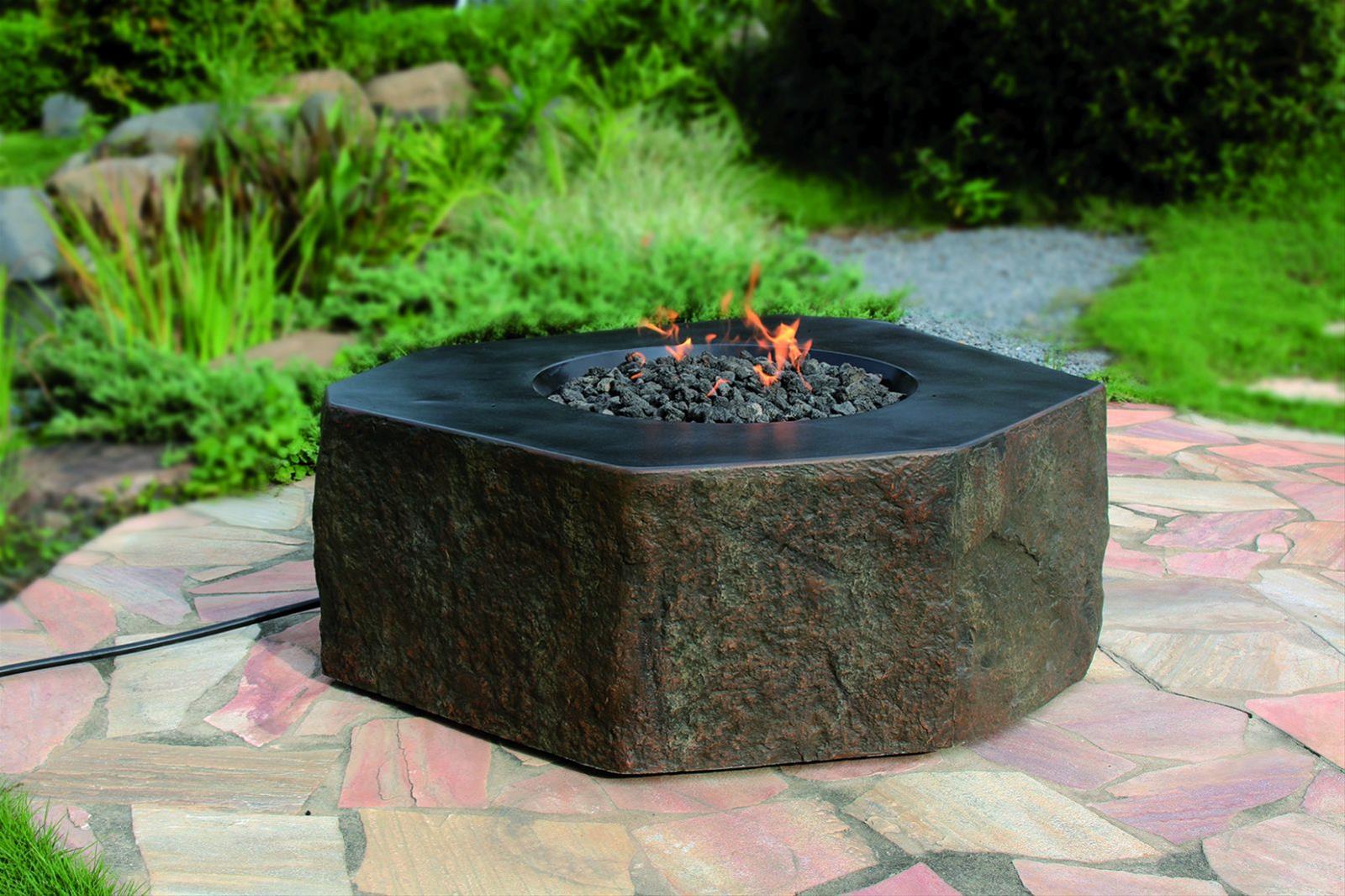 Gas Feuerstelle / Gartenfeuer GardenForma Dukono Beton Basaltoptik Bild 2
