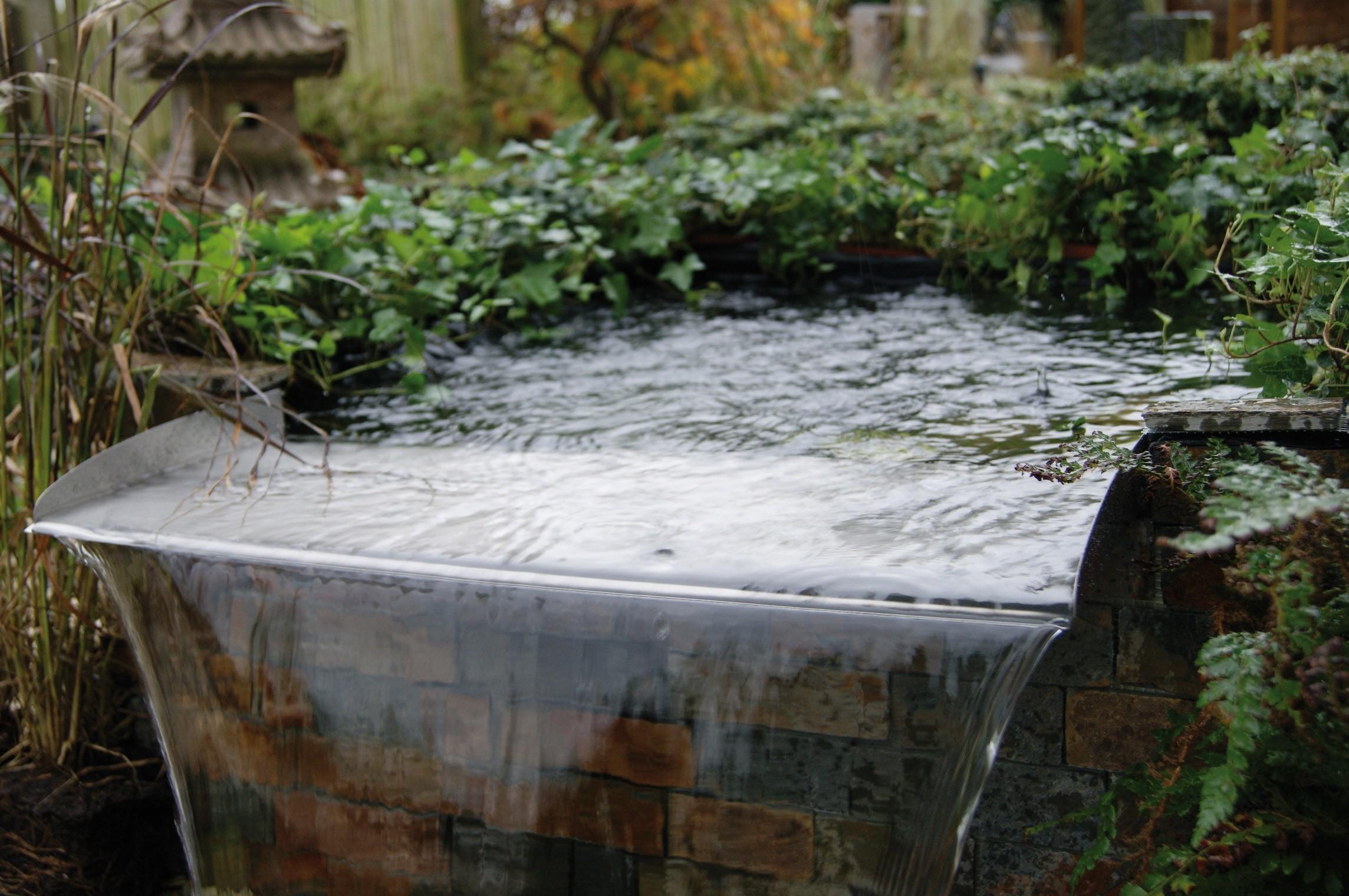 Ubbink edelstahl berlauf element brisbane 60cm bachlauf for Gartenteich edelstahl