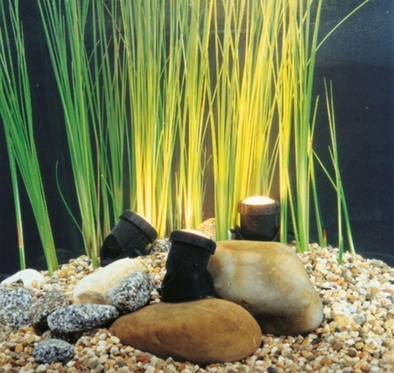 teichbeleuchtung led heissner unterwasser led spot 3 er. Black Bedroom Furniture Sets. Home Design Ideas
