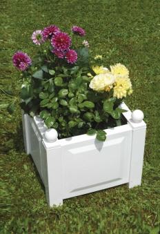 KHW Pflanzgefäß / Pflanzkasten Kunststoff quadratisch 43x43x40cm weiß