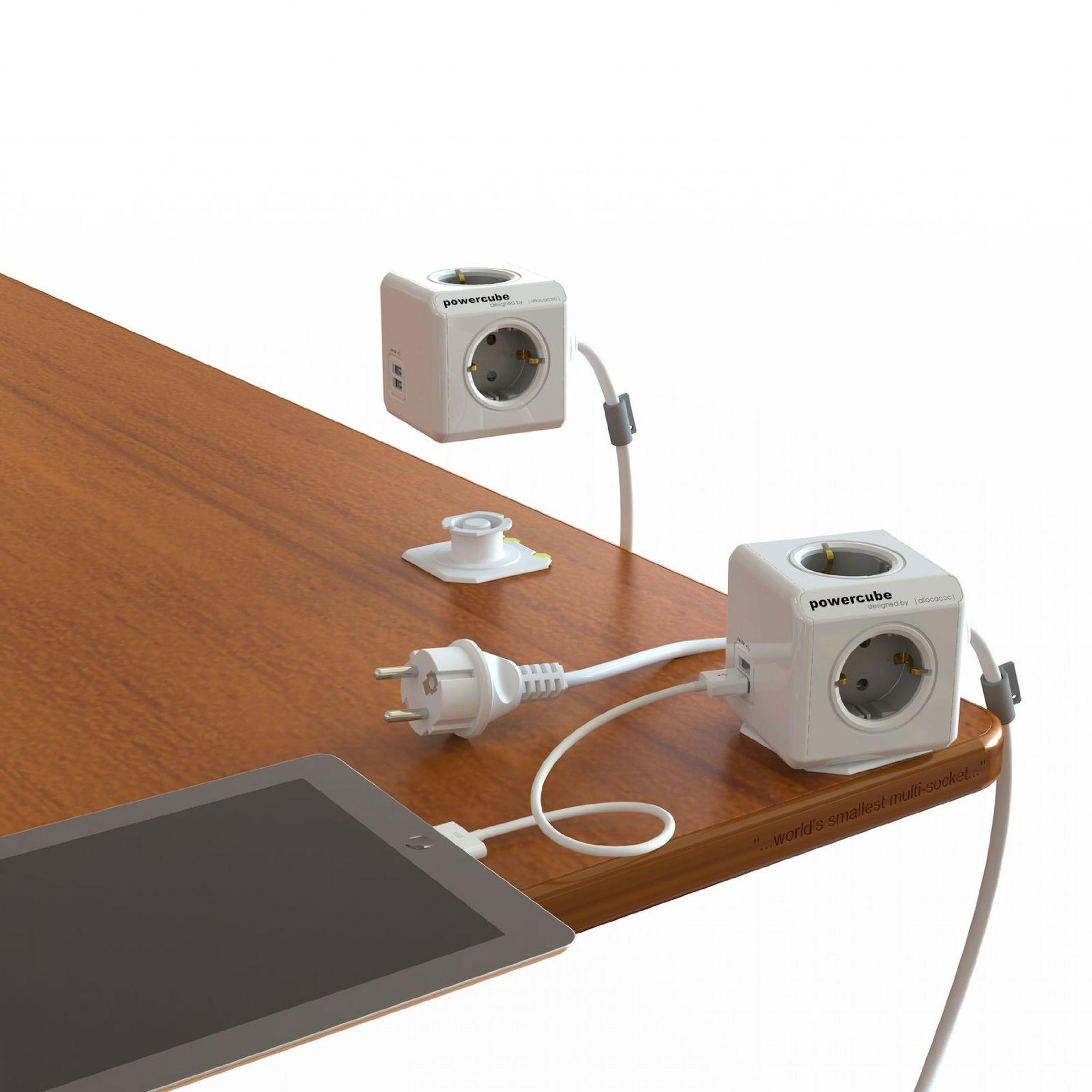 Steckdosenwürfel 4 Steckdosen / 2 USB-Ausgänge Bild 2