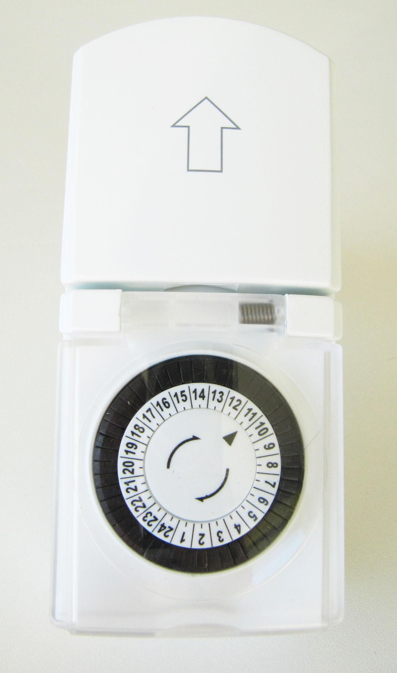 Zeitschaltuhr IP 44 für außen mechanisch Bild 1